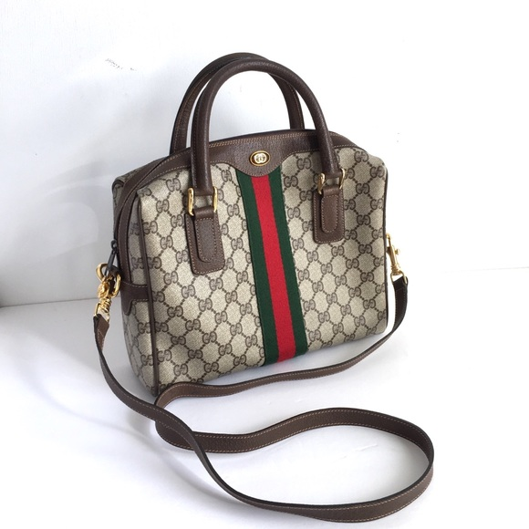 Gucci Handbags - Vintage Gucci Purse Ophidia GG Top Handle Bag c0cec1281eea0